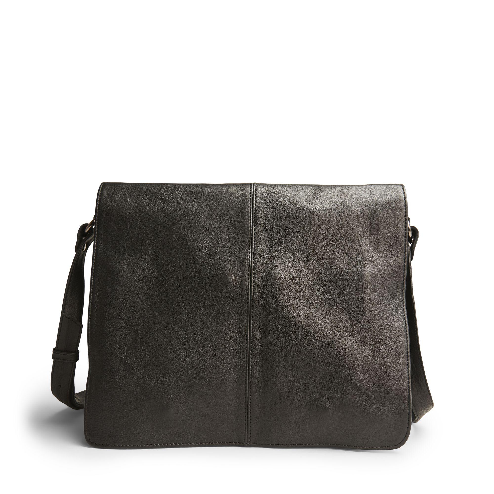 Handla väskor från Don Donna online: Don Donna Bess